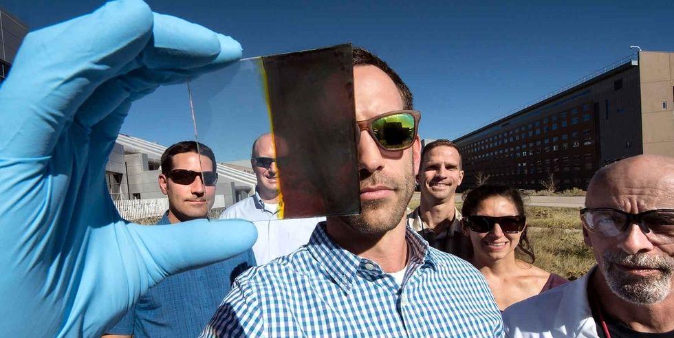 Pannello Solare Da Finestra : Le finestre che fanno anche da pannello solare diventano